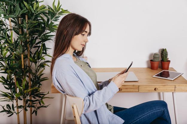 Перечислены раздражающие в онлайн-переписке привычки
