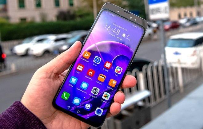 Узнайте больше о смартфонах, носимых устройствах и аксессуарах Honor.