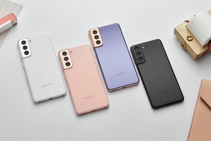 Смартфоны-бестселлеры Apple и Samsung продают со скидками до 25 тысяч рублей