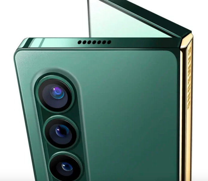 Samsung запустила производство двух новых смартфонов со складными экранами