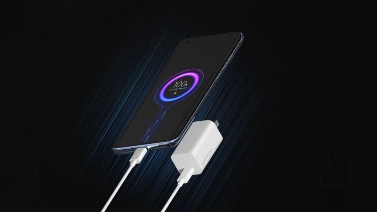 Xiaomi научилась заряжать свои смартфоны за 8 минут от 0 до 100%