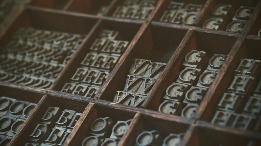 Госкомпании в России отучат от зарубежных шрифтов