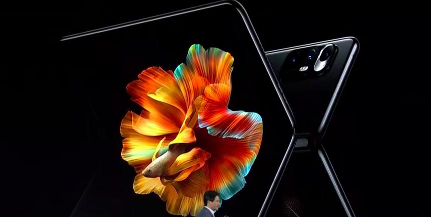Xiaomi представила свой первый смартфон с гибким экраном Mi Mix Fold