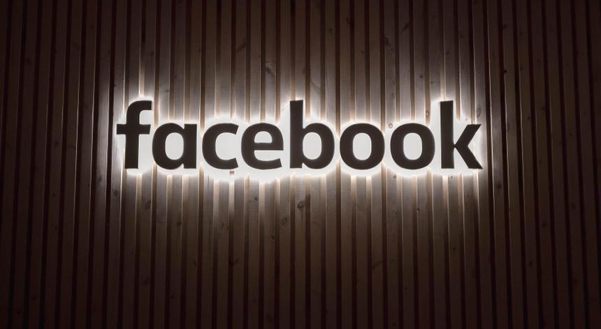 В сеть утекли личные данные более 500 млн пользователей Facebook