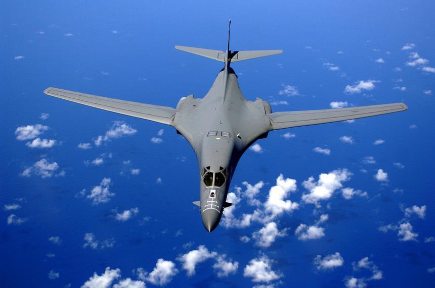 Из-за планшета сломался один из бомбардировщиков ВВС США