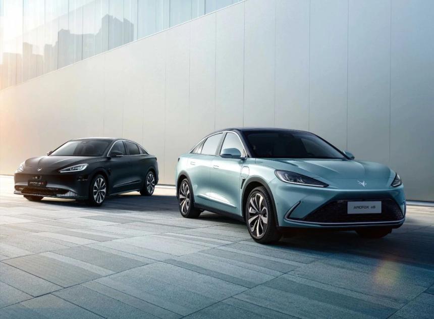 Представлен первый электромобиль с автопилотом Huawei