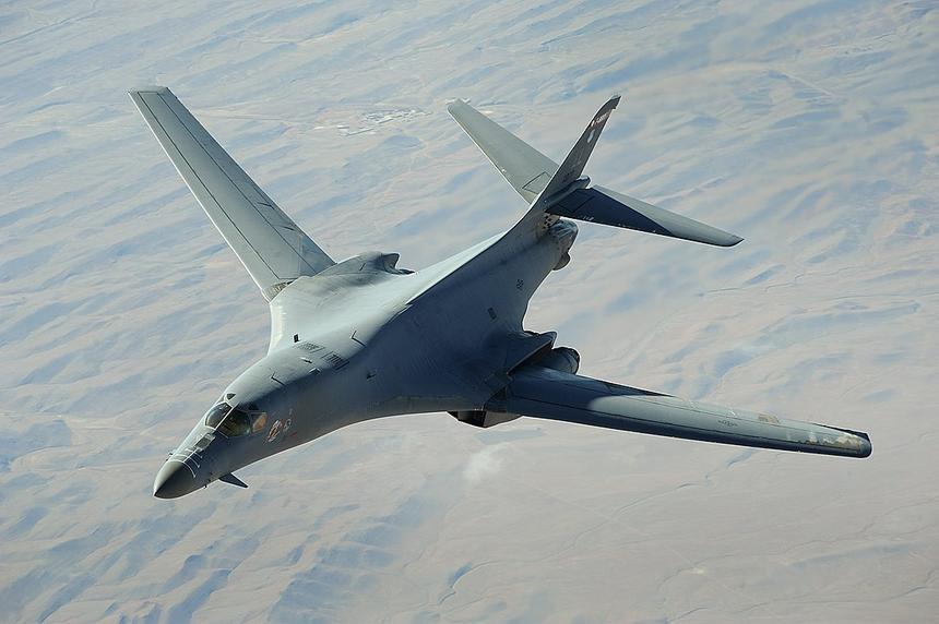 США внезапно остановили полёты всех бомбардировщиков B-1B Lancer