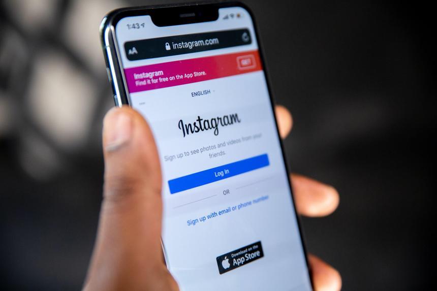 Сквозное шифрование сообщений не появится в Instagram и Facebook до 2022 года