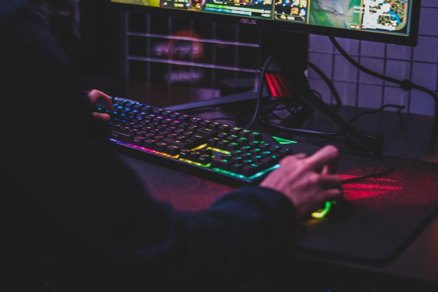 Российский законодатель предложил усилить контроль над компьютерными играми
