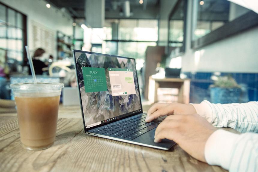 Продажи ноутбуков показали бурный рост