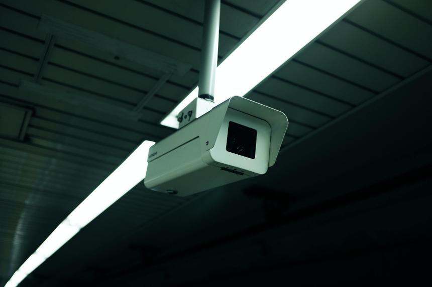 В российских школах за поведением учеников начнут следить умные камеры