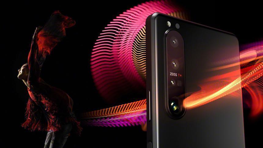 Китайцы начали раскупать флагманские смартфоны Sony