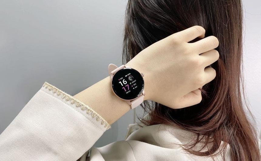 Xiaomi выпустила умные часы для девушек