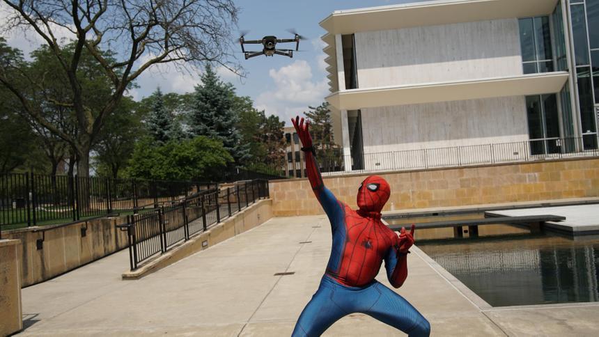 Американцы создали робота с навыками Человека-паука