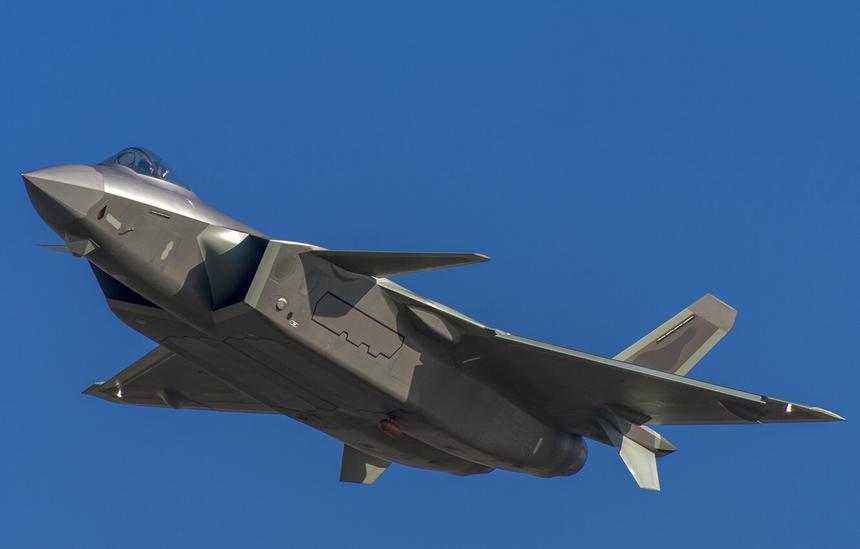 Китайцы побоялись использовать отечественные двигатели в истребителях, и временно заменили их российскими