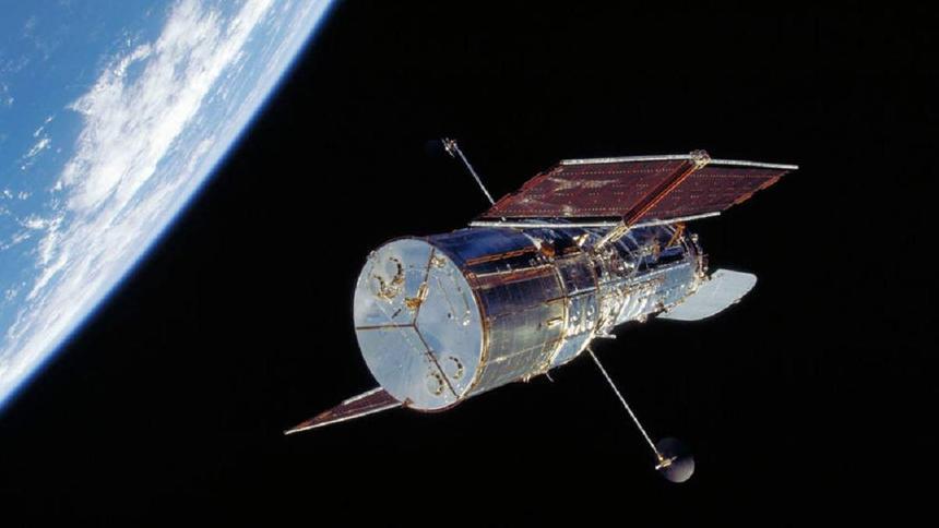 """Легендарный космический телескоп """"Хаббл"""" вышел из строя"""