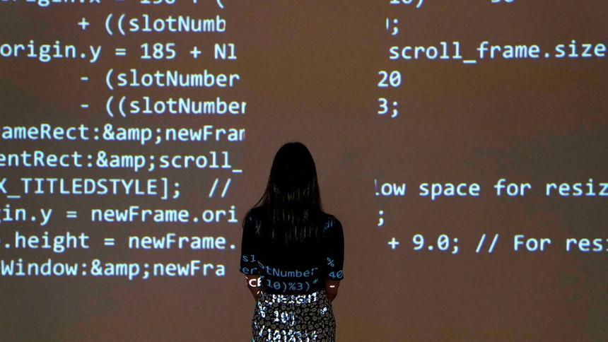 Создатель современного интернета продал его исходный код за $5.4 млн в виде NFT