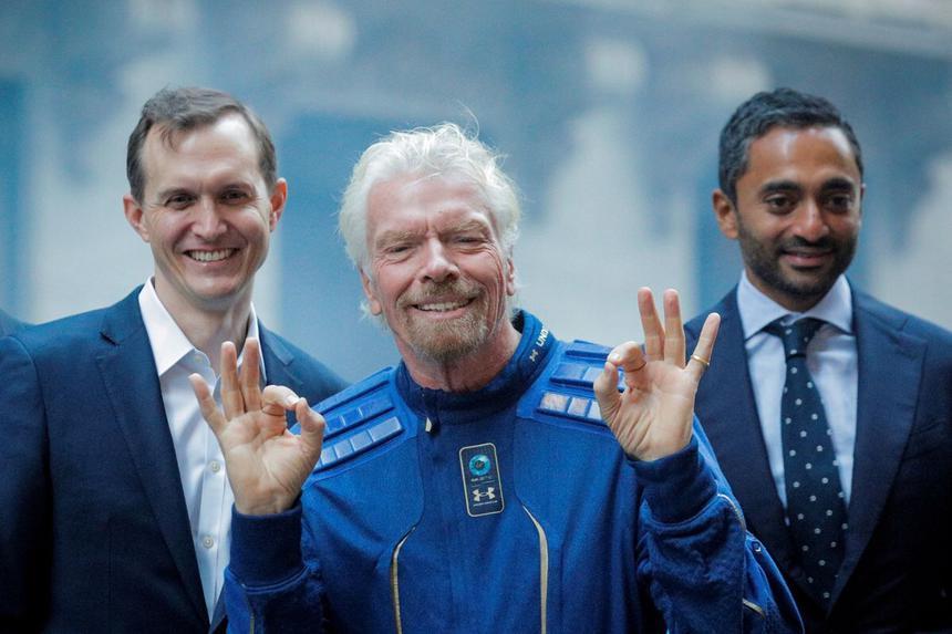 71-летний миллиардер рассказал о совершённом накануне полёте в космос